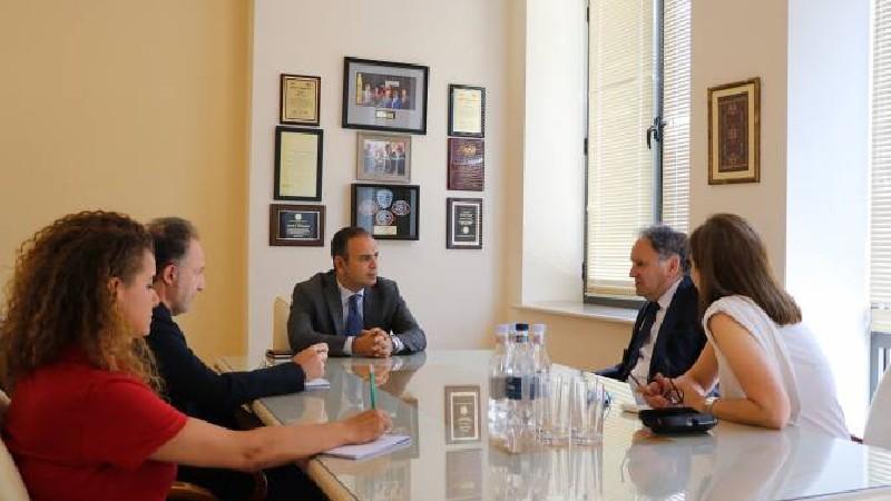 Ֆրանսիայի հայկական կազմակերպությունները համակարգող խորհուրդը կլինի հայկական պետության կողքին. Արա Թորանյան