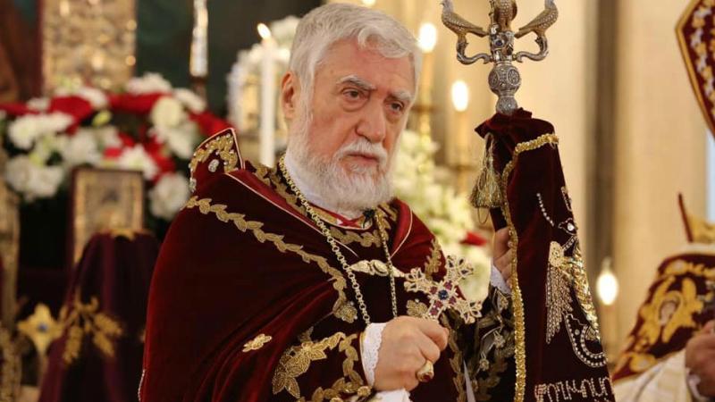 Հարկ է հեռու մնալ ներքաղաքական վեճերից և զորակցել Հայոց բանակին. Արամ Ա. Կաթողիկոս