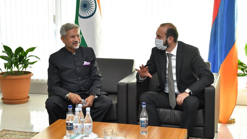 Հայաստանի և Հնդկաստանի ԱԳ նախարարները քննարկել են Պարսից ծոց-Սև ծով և Հյուսիս-Հարավ ճանապարհային ուղիների հարցերը