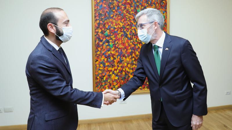 ՀՀ ԱԳ նախարարն ընդունել է ՀՀ-ում Շվեդիայի դեսպանին. Միրզոյանն առանձնահատուկ շեշտել է հայ ռազմագերիների վերադարձման հարցը