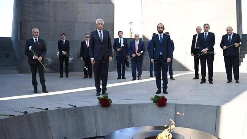 Սլովակիայի ԱԳ նախարարն այցելել է Հայոց ցեղասպանության հուշահամալիր