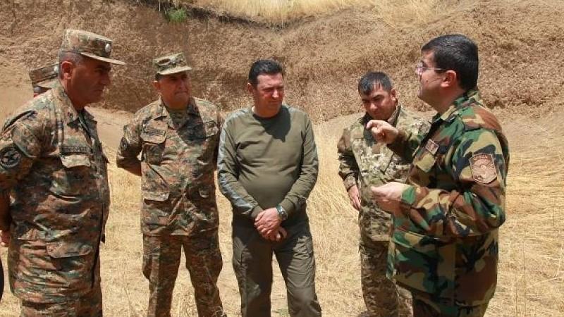 Իմ հրամանագրով պաշտպանության նախարար Ջալալ Հարությունյանին շնորհվել է գեներալ-լեյտենանտի զինվորական կոչում․ ԱՀ նախագահ