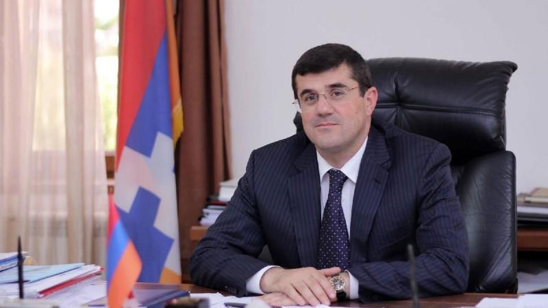 Երևանում եմ, պատրաստ եմ իմ միջնորդական առաքելությունը բերել այս քաղաքական ճգնաժամը պատվով հաղթահարելու գործում․ Արայիկ Հարությունյան
