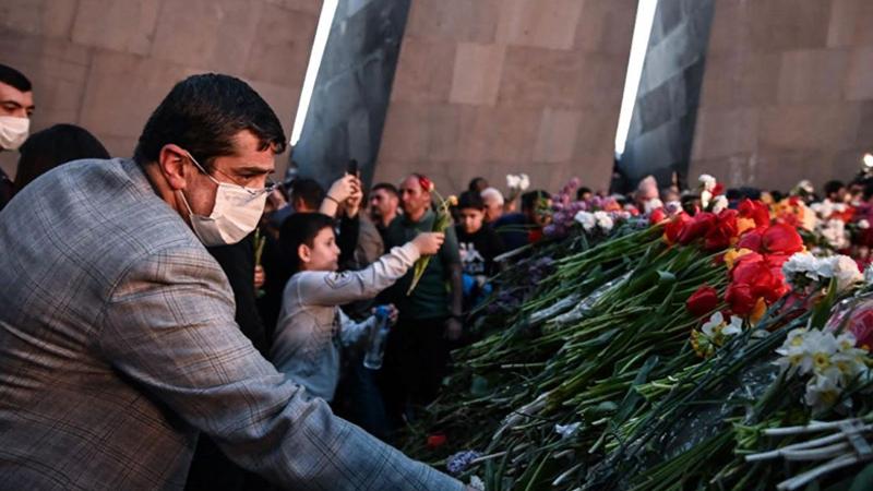 Արայիկ Հարությունյանը Ծիծեռնակաբերդում հարգանքի տուրք է մատուցել Հայոց ցեղասպանության զոհերի հիշատակին