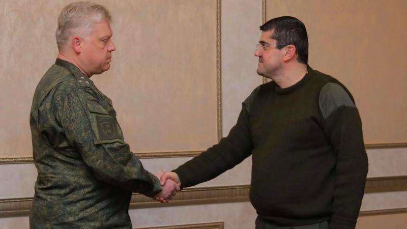 Ընդունել եմ ՌԴ խաղաղապահ ուժերի կազմում ընդգրկված՝ ՌԴ ԶՈւ հարավային ռազմական օկրուգի զինվորական դատախազի առաջին տեղակալ Դմիտրի Շուվարկինին. Արայիկ Հարությունյան