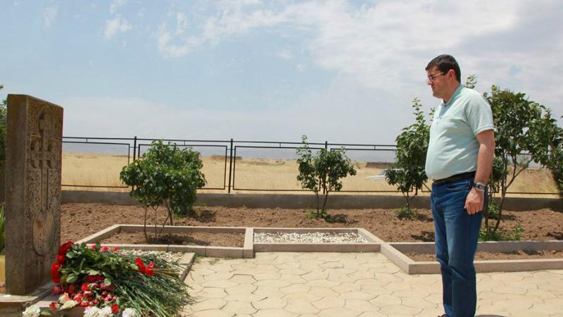 Այսօր իմ սուրբ պարտքն եմ համարել Մոնթեի նահատակության վայրում լինել և հարգանքի տուրք մատուցել նրա հիշատակը հավերժացնող խաչքար-հուշարձանին. Արայիկ Հարությունյան