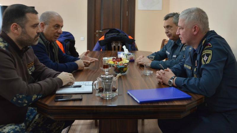 Կարեն Սարգսյանն ընդունել է ՌԴ ԱԻՆ պաշտոնյաների․ պայմանավորվածություն է ձեռք բերվել բնակավայրերում կատարել հումանիտար աշխատանքներ