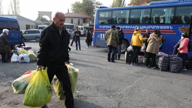 Փախստականների հերթական խումբը ՀՀ-ից վերադարձել է Ստեփանակերտ
