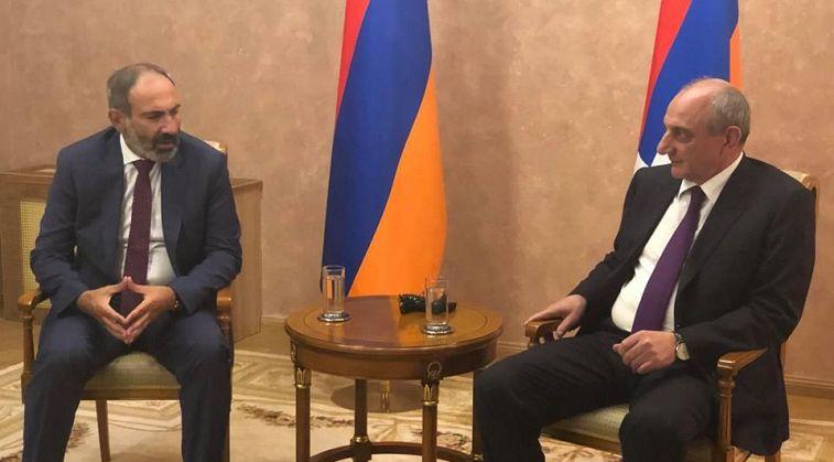 Մենք կողմ ենք Հայաստանի եւ Ղարաբաղի միջեւ ռազական պայմանագրի ստորագրմանը.ՀՅԴ