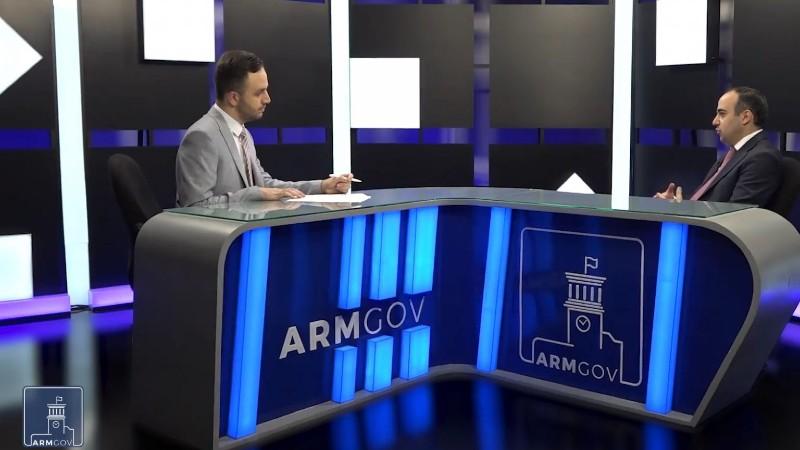 Հուլիսի 1-ից Երևանում, Գյումրիում և Վանաձորում կենսաթոշակները կվճարվեն բացառապես անկանխիկ եղանակով. կառավարության տեսանյութը
