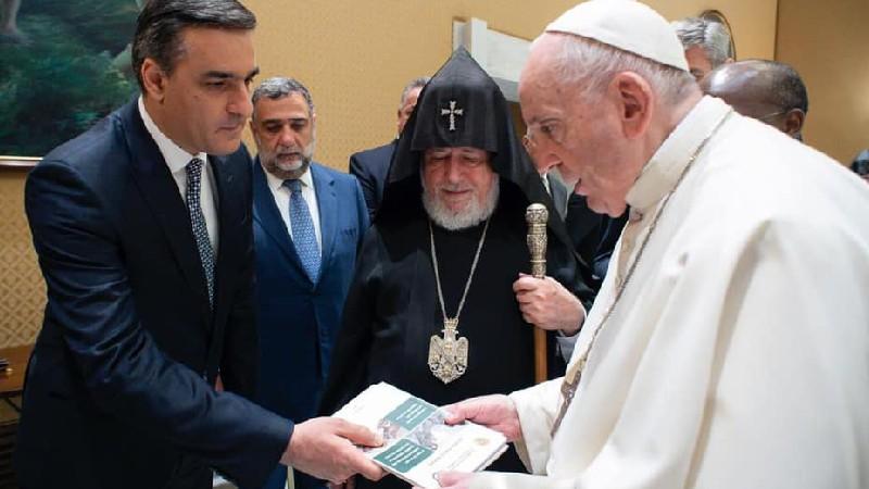ՀՀ ՄԻՊ-ը Հռոմի Պապին ներկայացրել է հայ գերիների նկատմամբ ադրբեջանական խոշտանգումները