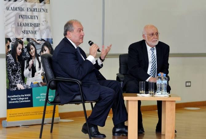 Պետությանը ծառայել եմ անկեղծ և նվիրված. Արմեն Սարգսյանը հյուրընկալվել է Հայաստանի ամերիկյան համալսարանում