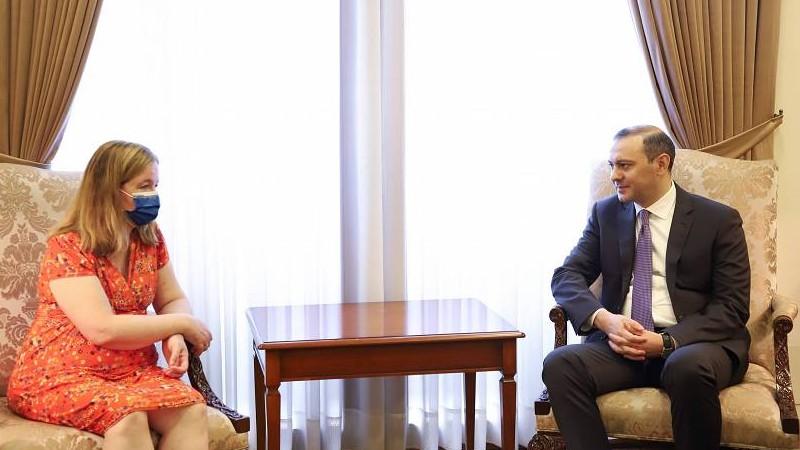 Արմեն Գրիգորյանը Նատալի Լուազոյին է ներկայացրել ՀՀ ինքնիշխան տարածքի դեմ Ադրբեջանի ոտնձգության հետևանքները