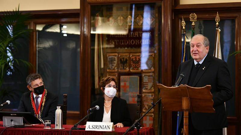 Մենք մեր պատմության շրջադարձային կետում ենք. ՀՀ նախագահի ելույթը Բոլոնիայի համալսարանում (տեսանյութ)