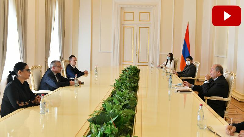 Արմեն Սարգսյանն ընդունել է «Դեմոկրատական այլընտրանք» կուսակցության ներկայացուցիչներին (տեսանյութ)