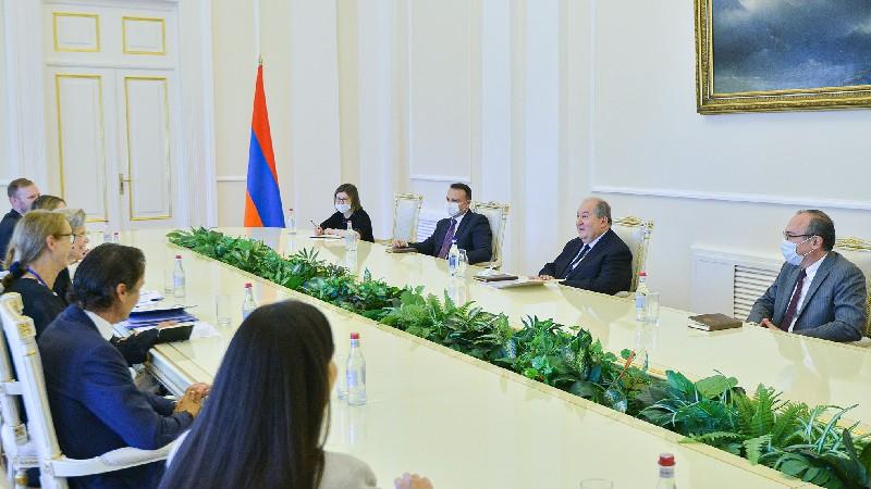 Արմեն Սարգսյանն ընդունել է ԵԱՀԿ Խորհրդարանական վեհաժողովի պատվիրակությանը
