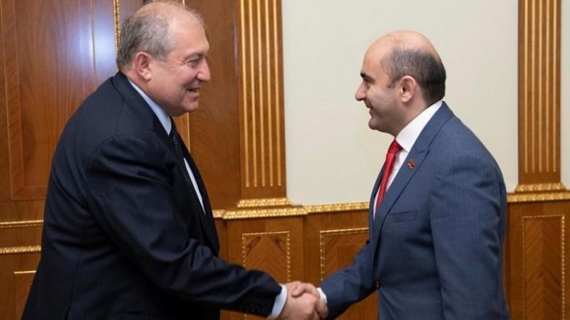 Էդմոն Մարուքյանը հանդիպել է Արմեն Սարգսյանի հետ