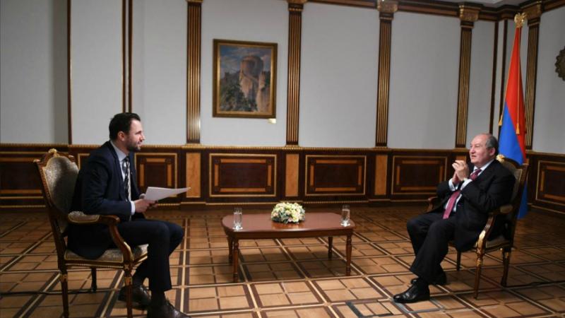 Պատերազմի առաջին օրերից սկսած՝ ազգային միասնականություն կա. Արմեն Սարգսյանի հարցազրույցը Russian Today-ին (տեսանյութ)