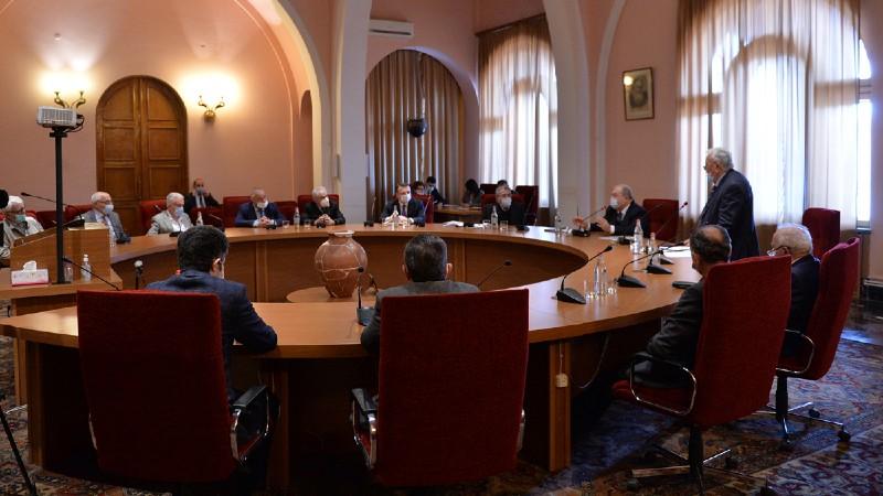 «Մենք շատ անելիք ունենք, որ մեր երկիրը ոտքի կանգնեցնենք»․ Արմեն Սարգսյանը մասնակցել է ՀՀ ԳԱԱ խորհրդի նիստին (տեսանյութ)