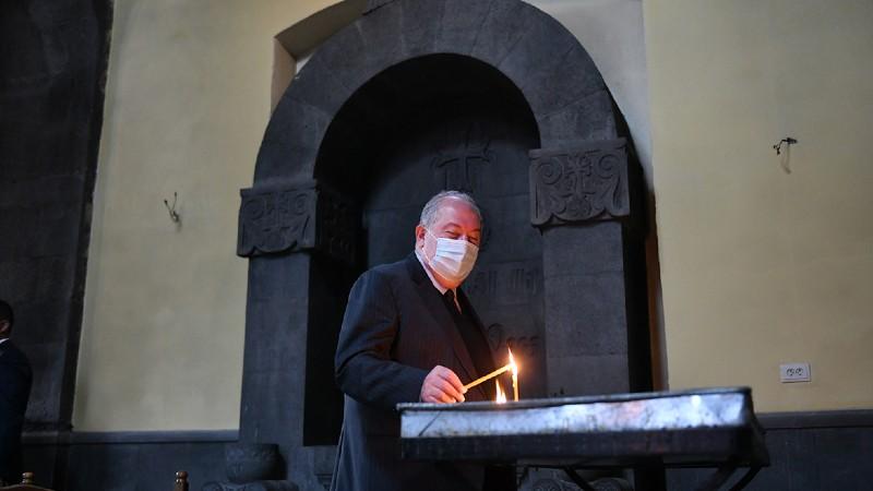 Արմեն Սարգսյանն այցելել է Սյունյաց թեմի առաջնորդանիստ Սբ Գրիգոր Լուսավորիչ եկեղեցի (տեսանյութ)