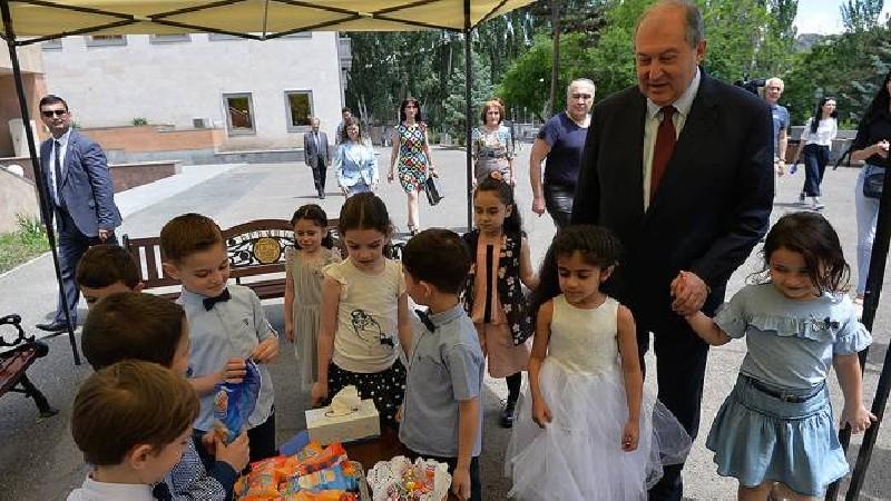 Արմեն Սարգսյանի ուղերձը Երեխաների իրավունքների պաշտպանության օրվա առթիվ