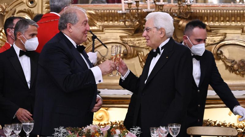 Համոզված եմ, ապագային միտված այս այցը նոր էջ կբացի մեր պատմական հարաբերություններում. պետական ընթրիք Իտալիայում՝ ի պատիվ Հայաստանի նախագահի և նրա տիկնոջ