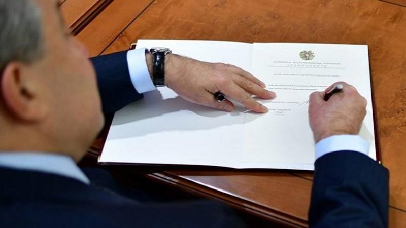 Պողոս Պողոսյանն ազատվել է ՀՀ ԶՈՒ սպառազինության պետ-վարչության պետի պաշտոնից