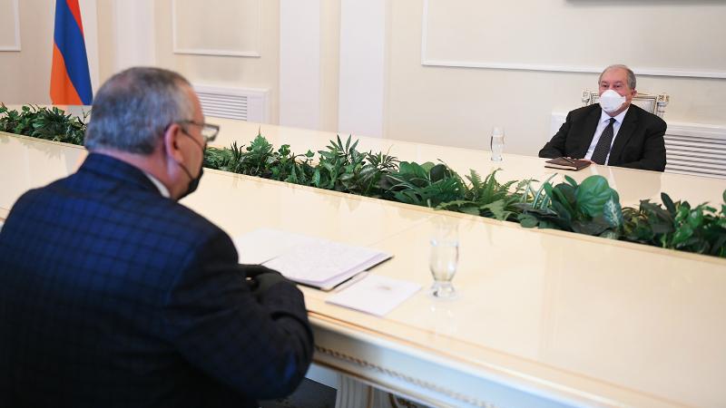 Արցախը ևս մեկ անգամ ապացուցեց, որ երկիր է, որտեղ մարդիկ պետականորեն են մտածում և գործում. Արմեն Սարգսյանը ԱՀ Ազգային ժողովի նախագահին մաղթել է հետագա հաջողություններ