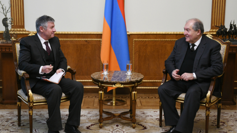 Արմեն Սարգսյանն ընդունել է Ասիական զարգացման բանկի նախագահին․ քննարկվել է համատեղ իրականացվող ծրագրերի ընթացքը