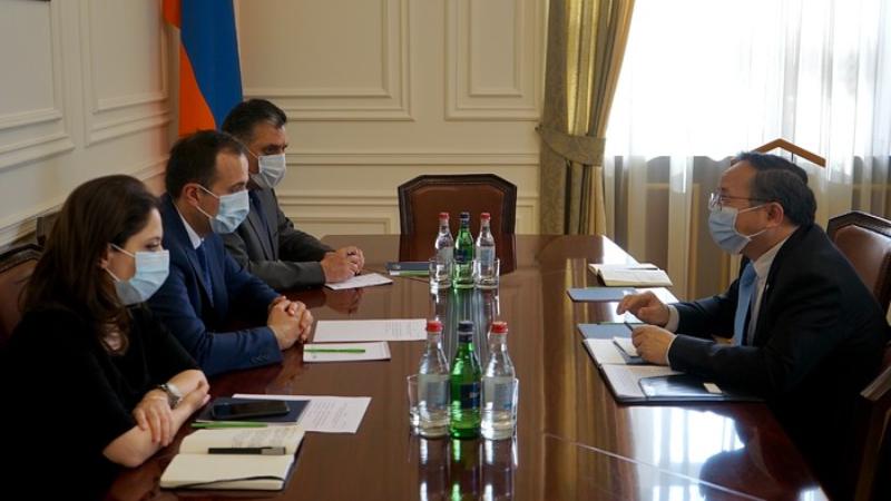 Արսեն Թորոսյանը և Չնաստանի դեսպանը քննարկել են ՀՀ և ՉԺՀ կառավարությունների փոխգործակցության զարգացման հեռանկարները