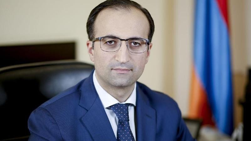 Այսօրվանից դադարեցնում եմ իրականացնել վարչապետի աշխատակազմի ղեկավարի պարտականությունները. Արսեն Թորոսյան