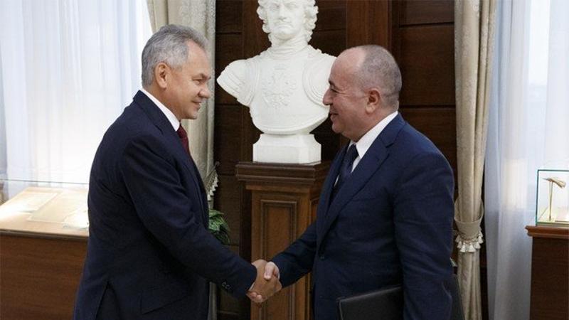 Հայաստանի և Ռուսաստանի պաշտպանության նախարարները քննարկել են հայ-ադրբեջանական սահմանային իրադրությունը և տարածաշրջանային անվտանգությանն առնչվող մի շարք հարցեր