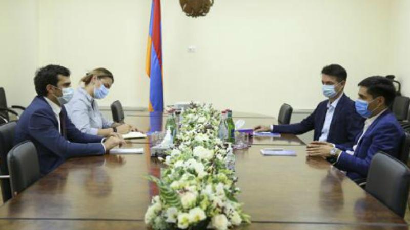 ԲՏԱ նախարար Հակոբ Արշակյանը հանդիպում է ունեցել Առաջատար տեխնոլոգիաների ձեռնարկությունների միության նախագահի հետ