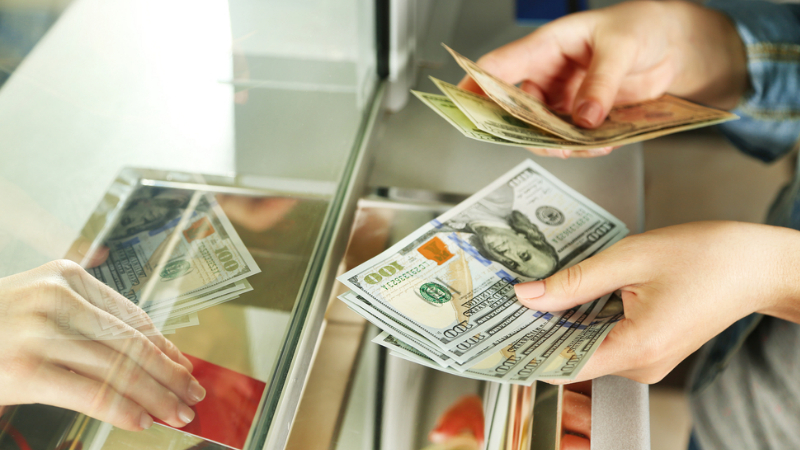 Դոլարի փոխարժեքն աճել է․ Կենտրոնական բանկը սահմանել է նոր փոխարժեքներ