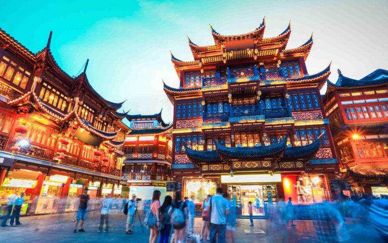 Չինաստանում տղամարդկանց կոչ են արել կիսամերկ չքայլել