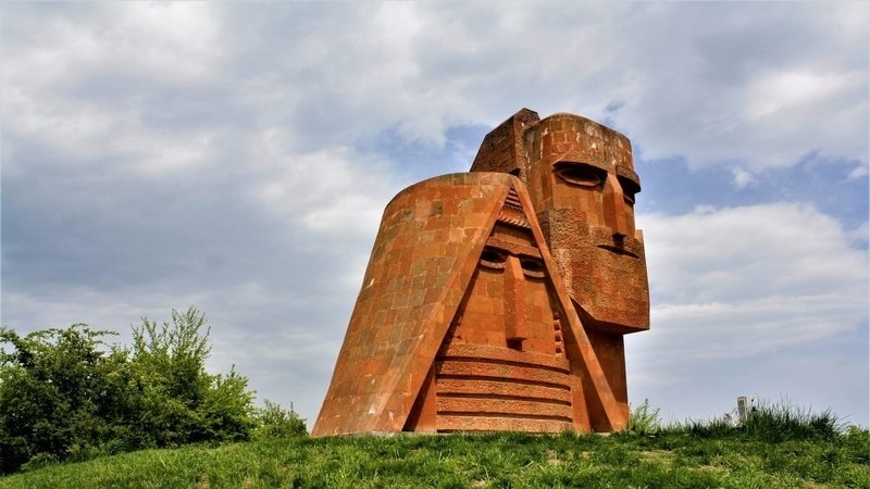 Ադրբեջանն ու Թուրքիան հետևողական քայլերով մշակութային ուղղությամբ նույնպես «նվաճում» են Արցախը. «Հայաստանի Հանրապետություն»