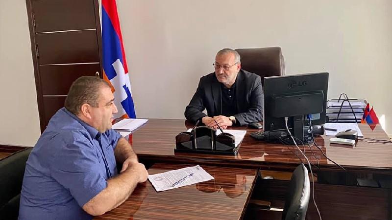 Արթուր Թովմասյանն այցելել է ՀՀ-ում Արցախի Հանրապետության կառավարության օպերատիվ շտաբ