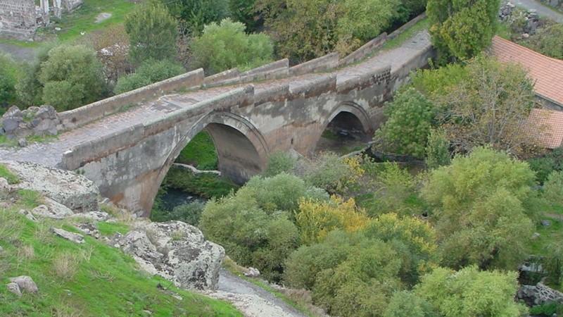 Քաղաքացին փորձել է ինքնասպանություն գործել՝ նետվելով Աշտարակի կամրջից