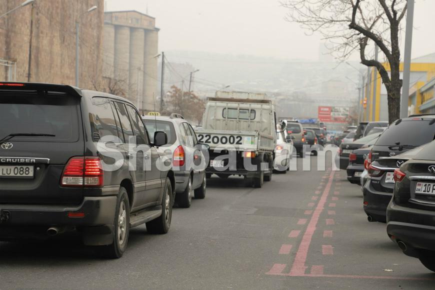 Ուշադրություն վարորդներին․ Արշակունյաց պողոտայում երկկողմանի հեռացվել են «առավելագույն թույլատրելի 70կմ/ժ» նշանները