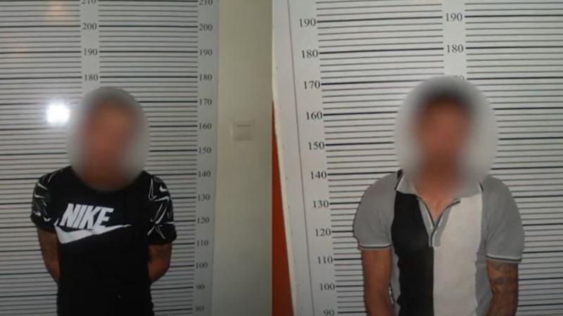 Էջմիածնում փորձել են խեղդել տաքսու վարորդին, հափշտակել են փողերն ու հեռախոսը. կասկածյալները ձերբակալվել են