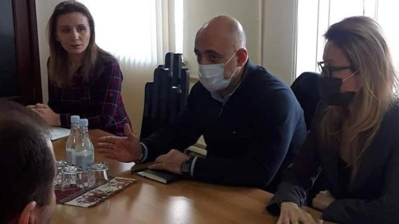 Մանե Թանդիլյանը հանդիպել է «Զինծառայողների ապահովագրության հիմնադրամ»-ի տնօրեն Վարուժան Ավետիքյանի հետ