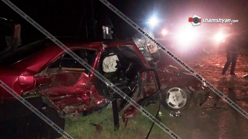 Գեղարքունիքի մարզում բախվել են Lexus-ն ու Mercedes-ը. կան վիրավորներ. ավտոմեքենաները վերածվել են մետաղե ջարդոնի