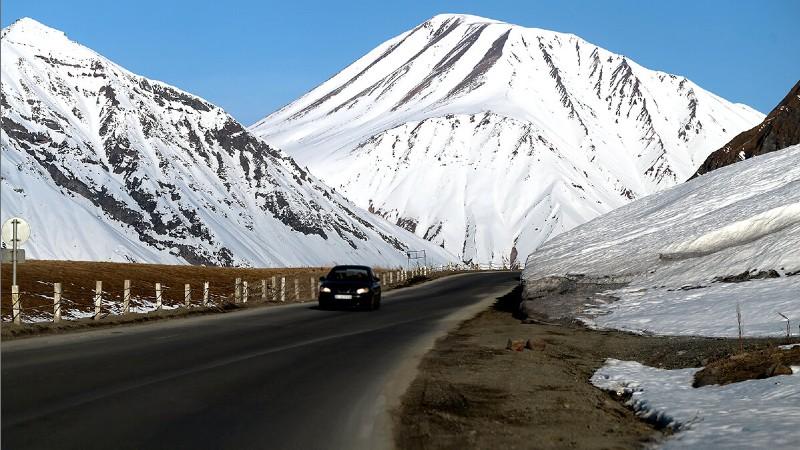 ՀՀ տարածքում ավտոճանապարհներն անցանելի են․ Ստեփանծմինդա-Լարս ավտոճանապարհը բաց է միայն բեռնատարների համար