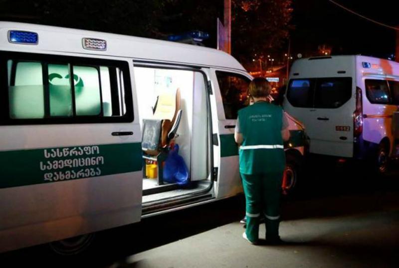 Թբիլիսիի վնասվածքաբանության ինստիտուտում բուժում ստացող 2 հիվանդների վիճակը շարունակում է մնալ ծայրահեղ ծանր, որոնք այս պահին ենթակա չեն տեղափոխման