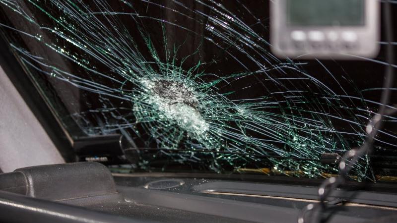 Ծիծեռնակաբերդի խճուղում բախվել են «Mercedes» և «BMW» մակնիշների ավտոմեքենաները․ կա 4 տուժած