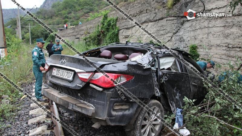 29-ամյա վարորդը Hyundai Sonata-ով վնասել է Հայաստան-Վրաստան երկաթգծի որոշ հատված և 10 մետր բարձրությունից ընկել երկաթուղու գծերի վրա. կա վիրավոր
