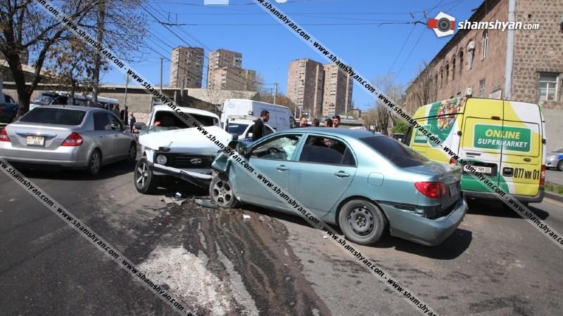 Խոշոր ավտովթար Երևանում. բախվել են Toyota Corolla-ն, Нива-ն ու Ford Transit-ը. 5 վիրավորների մեջ կան երեխաներ