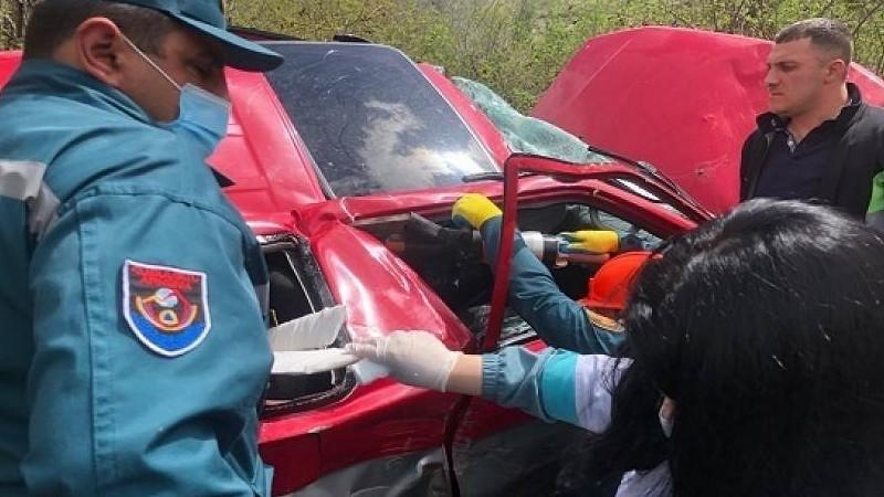 Չիվա գյուղի մոտակայքում ավտովթար է տեղի ունեցել․ տուժածները հոսպիտալացվել են