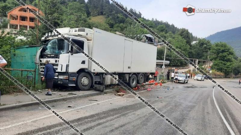 Արտակարգ դեպք Տավուշի մարզում. 59–ամյա վարորդը Scania-ով մխրճվել է կրպակի մեջ. կա վիրավոր