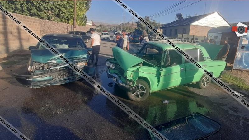 Խոշոր ավտովթար Կոտայքի մարզում. ճակատ-ճակատի բախվել են Opel-ն ու 06-ը. կա վիրավոր